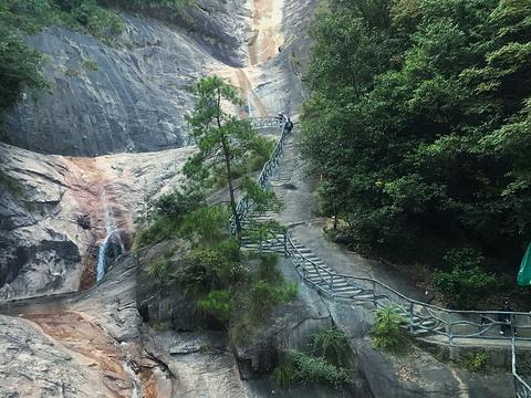九龙瀑旅游景点图片