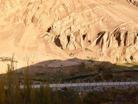 柏孜克里克千佛洞旅游景点图片