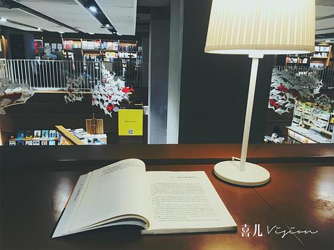 上海三联书店筑蹊生活旅游景点攻略图