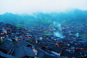 天下西江,烟雨苗寨----探寻现实版千与千寻